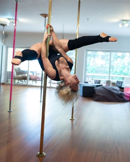 Luciana Abreu revela transformação total do corpo com pole dance