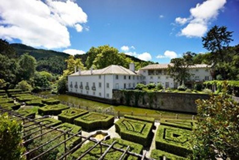 b8a2c3abb97 A propriedade preferida de Madonna em Sintra terá sido a Quinta do Vinagre